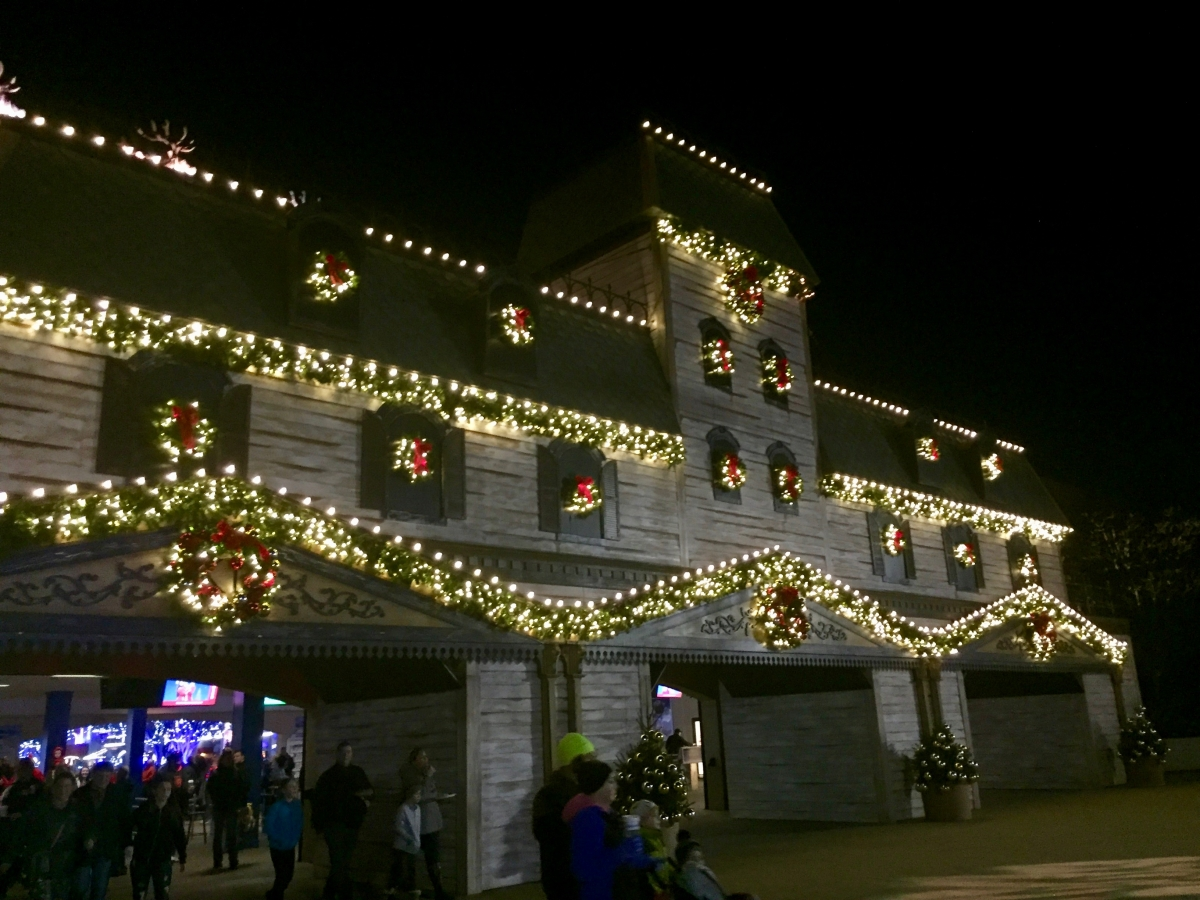 Theme Park Review • Photo TR: Kings Island WinterFest, Dec 3, 2017