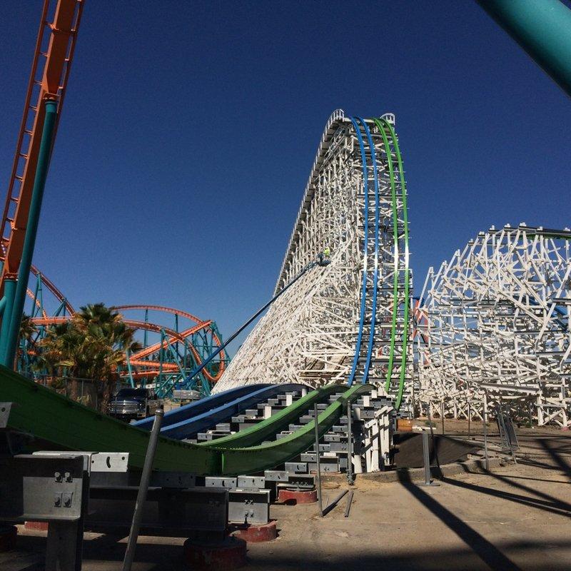 Six Flags Thumb_magic_mountain_146