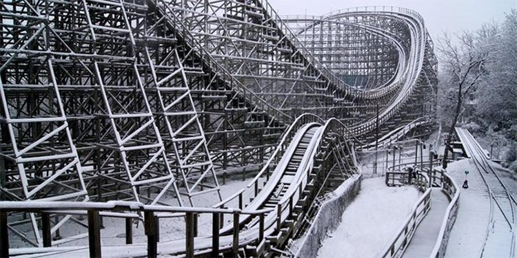 Roller Coasters in the SNOW!