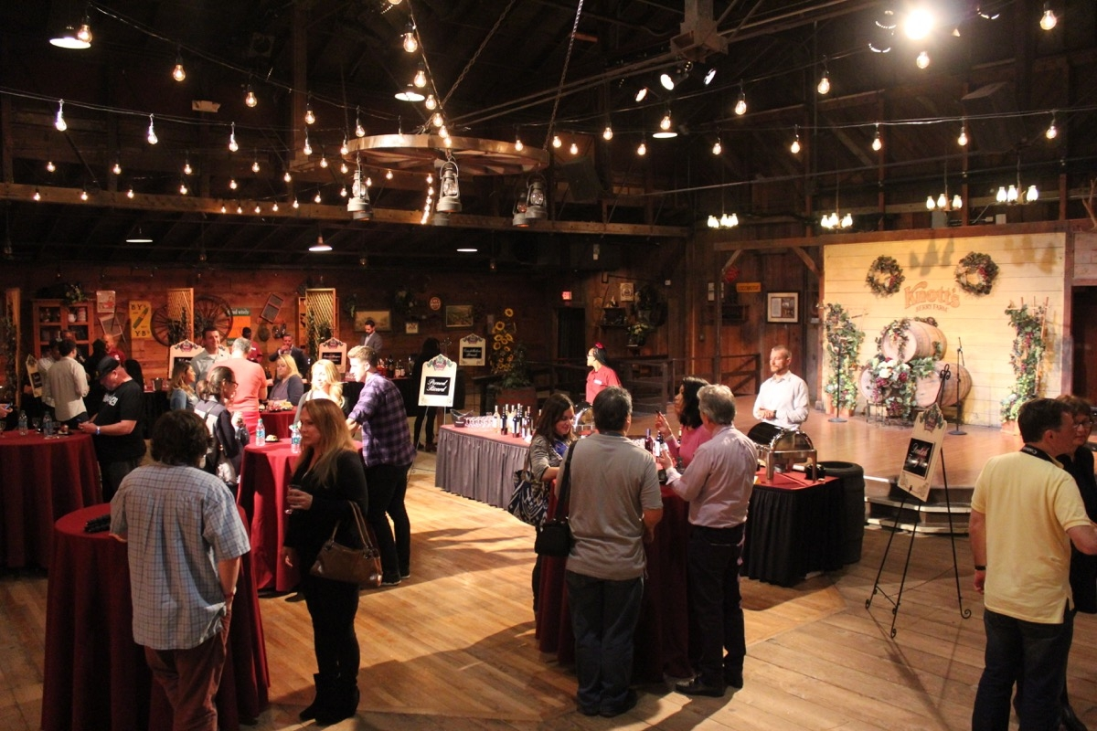 Theme Park Review Knott S Boysenberry Festival 2016