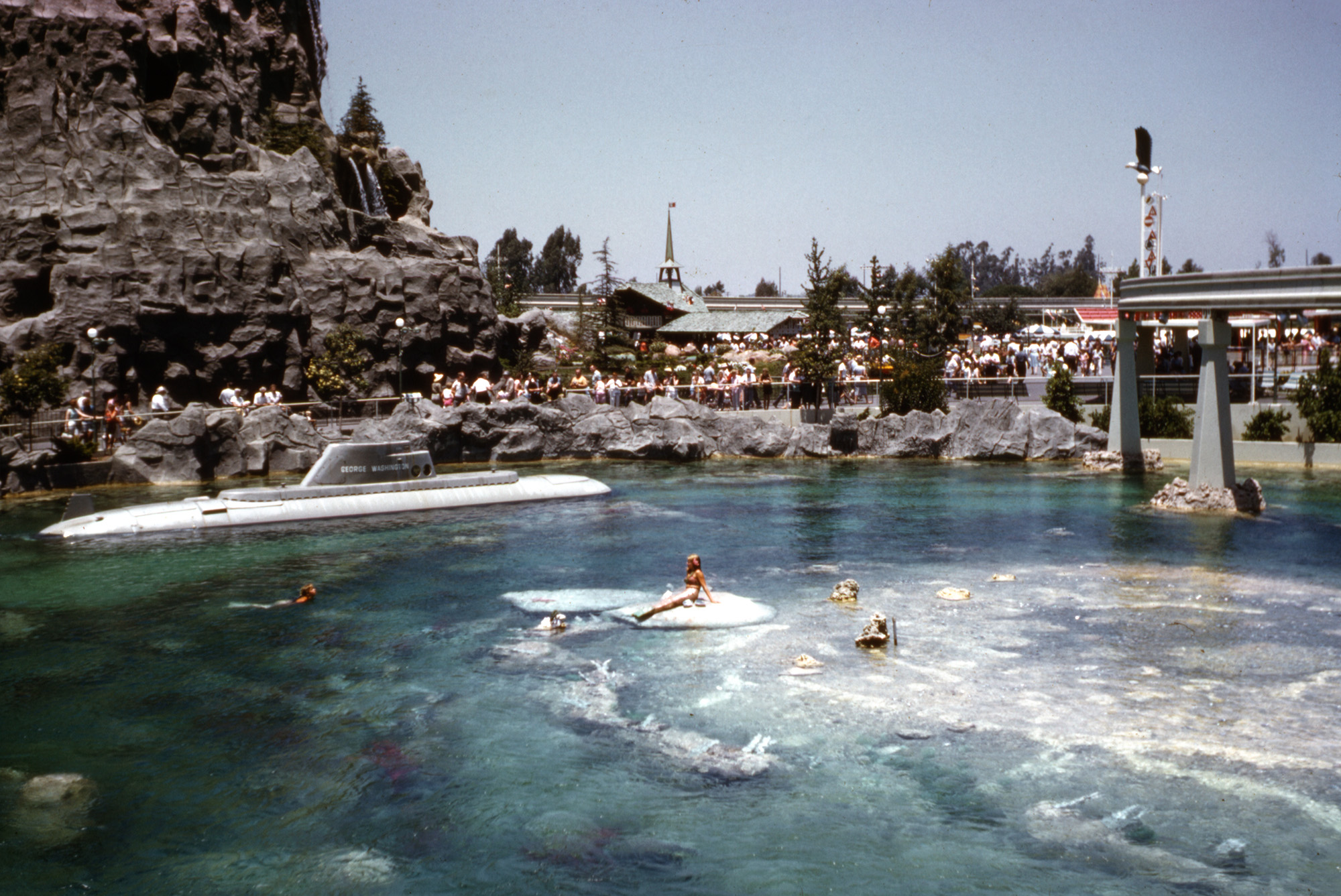 Theme Park Review Retro Photo Tr Disneyland 1960 Hq