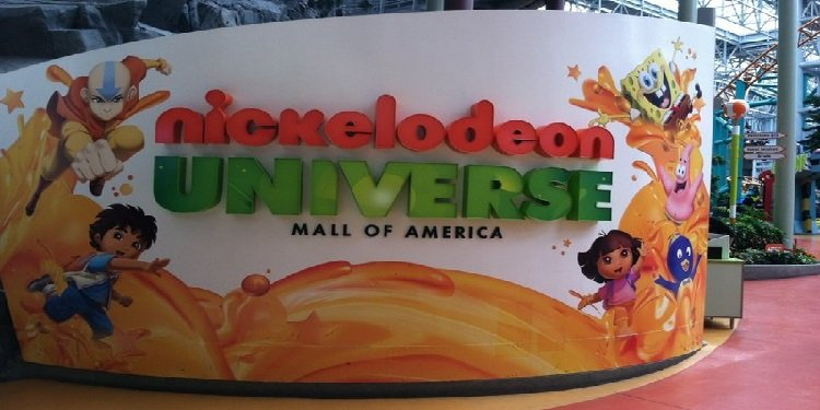 JimmyBo at Nickelodeon Universe!