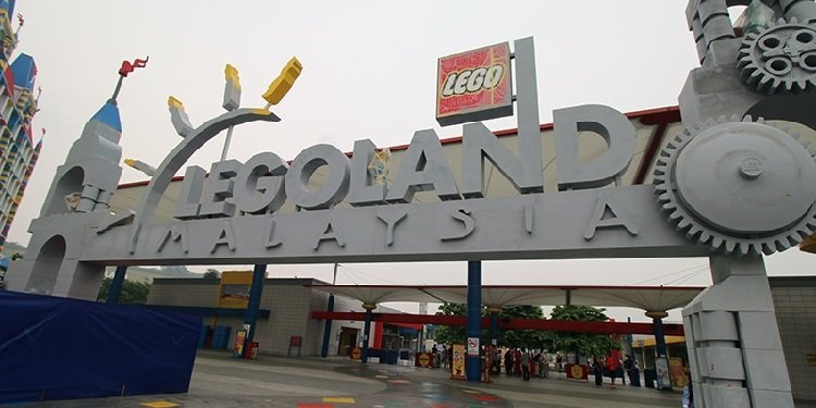 Report from Legoland Malaysia & Other Parks!