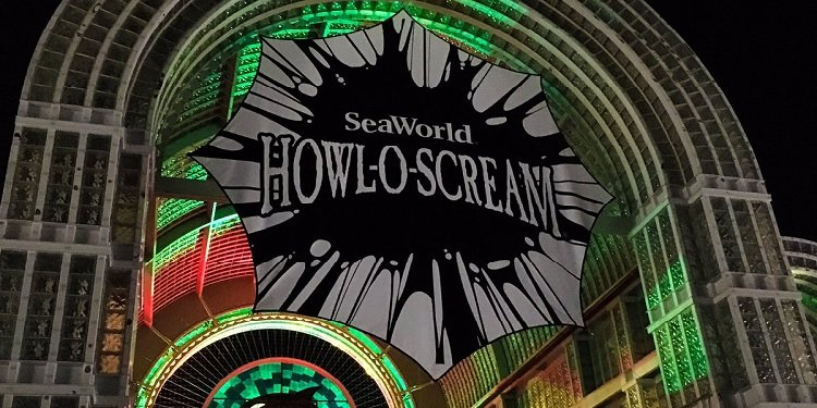 Howl-o-Scream at SeaWorld San Antonio!