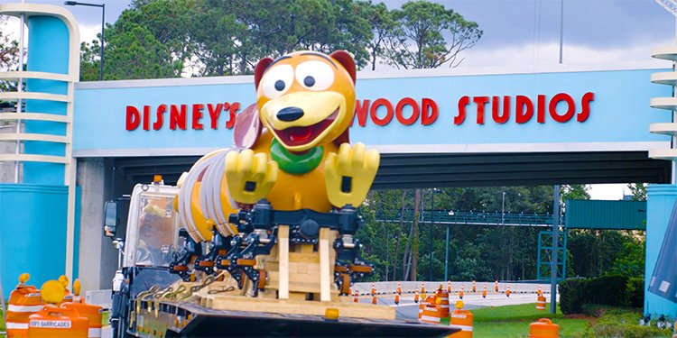 Slinky Dog Coaster Train Reveal!