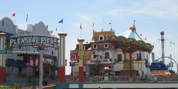 Report from the Galveston Island Historic Pleasure Pier!