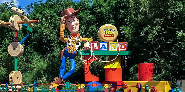 Toy Story Land Grand Opening!