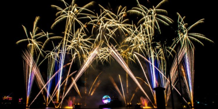 Epcot's IllumiNations Ends 20-Year Run in Summer 2019!