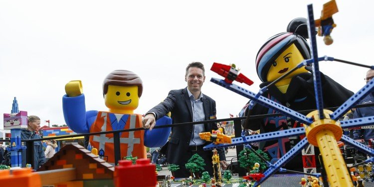LEGO MOVIE World Coming to Europe!